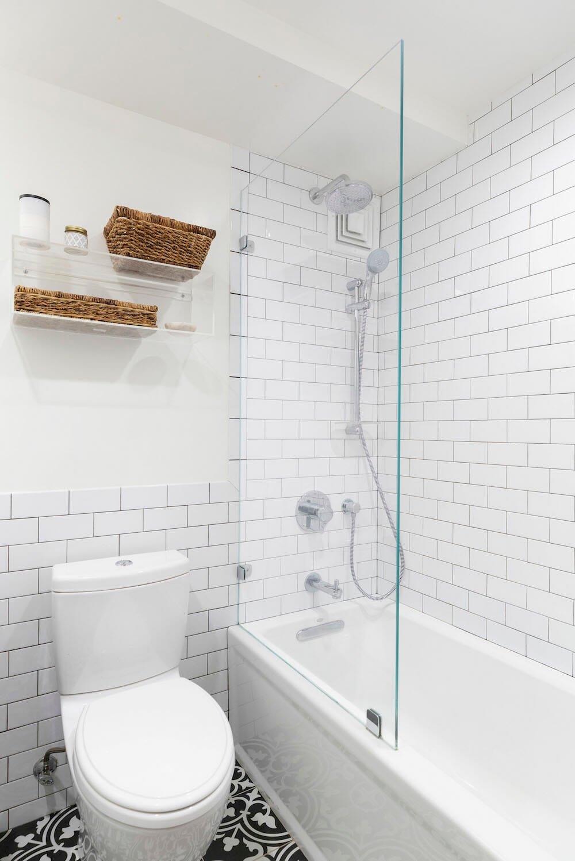 Clinton Hill, Brooklyn, renovation, bathroom, subway tile
