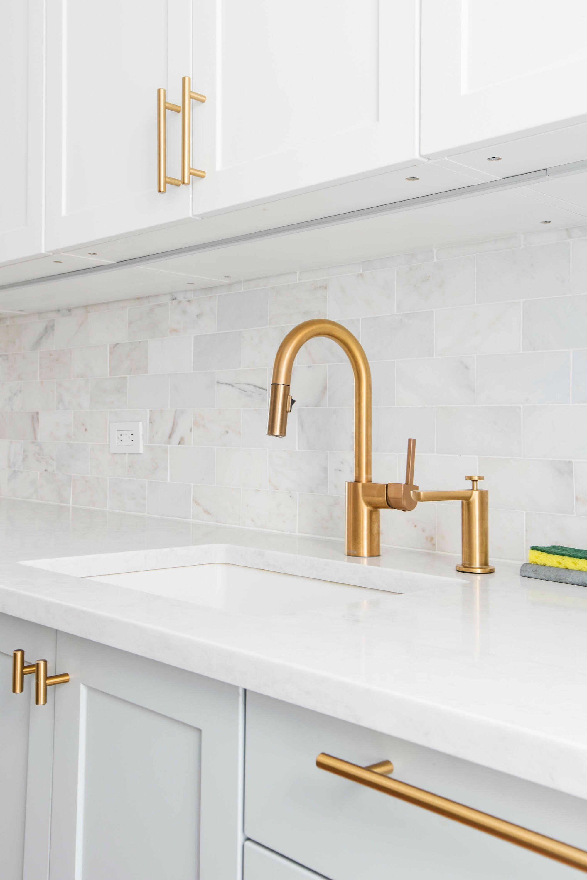 kitchen, brushed gold faucet