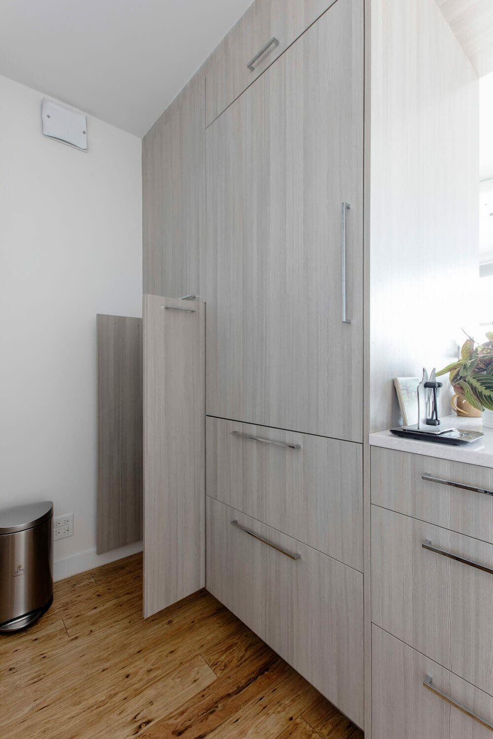 grey full wall kitchen cabinets